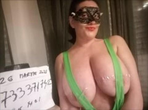 Servicii Escort online – Sex la webcam cu accesorii-adult si jucarii-sex